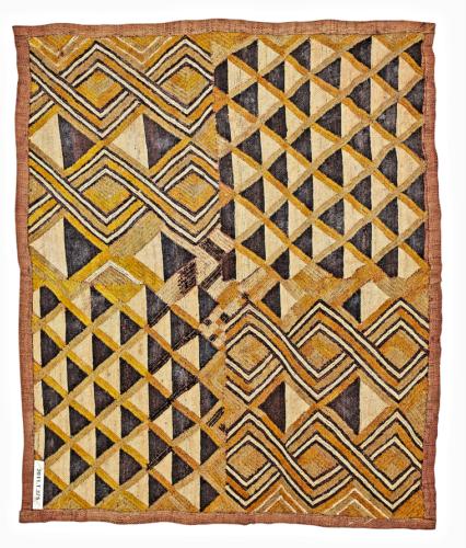 Velours Kasai, République Démocratique du Cong, confédération Kuba, groupe shoowa © Collection Fondation Jean-Félicien Gacha